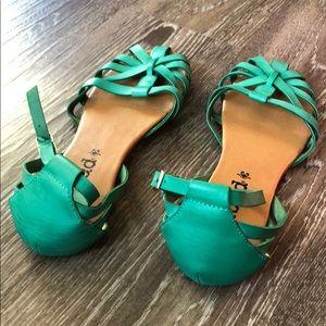 Mudd Shoes - EUC | Mudd | Teal Summer Sandals